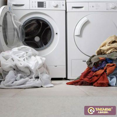 Phân loại quần áo trước khi giặt
